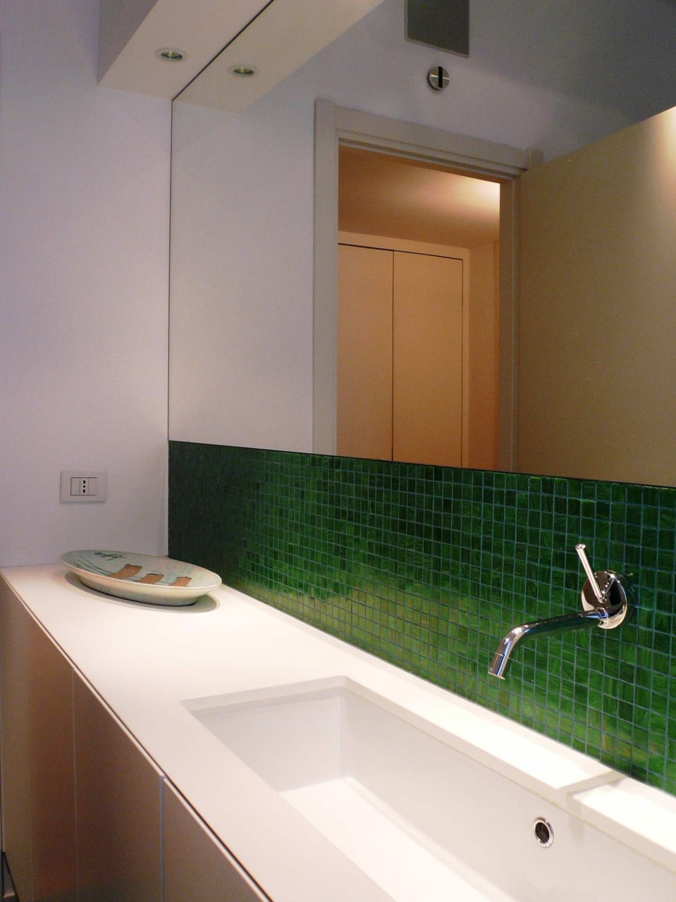 Bagno in mosaico rp ristrutturazioni e arredamenti for Mosaico arredamenti