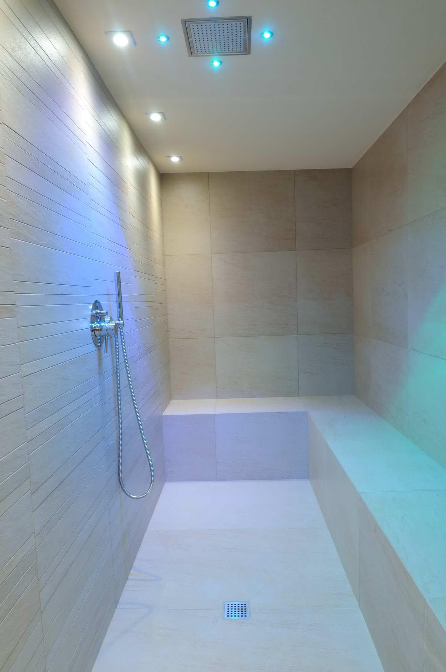 Quadro per bagno - Luce soffitto bagno ...