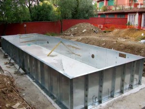 piscina-in-costruzione